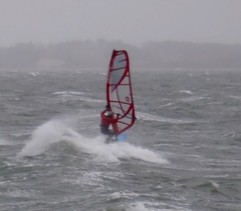 Frank windsurfing