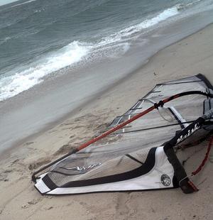 Broken_mast